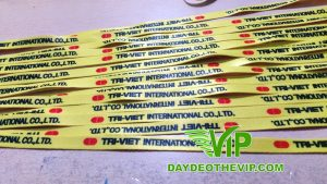 day-deo-the-nhan-vien-cong-ty-Tri-Viet (1)